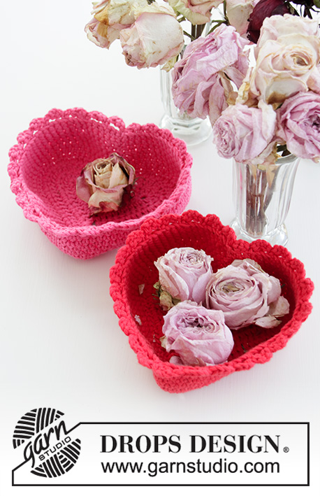 Free Crochet Pattern for a Heart Shaped Basket
