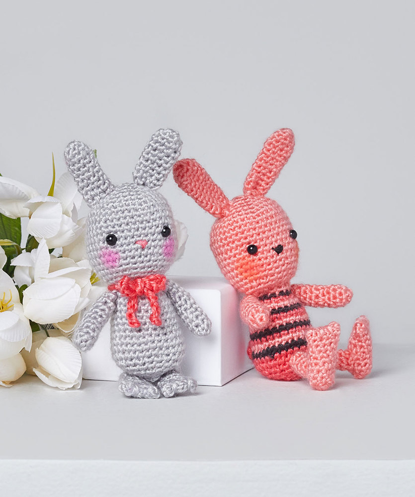 Free Crochet Pattern for Beatrice & Basil Crochet Bunnies Amigurumi