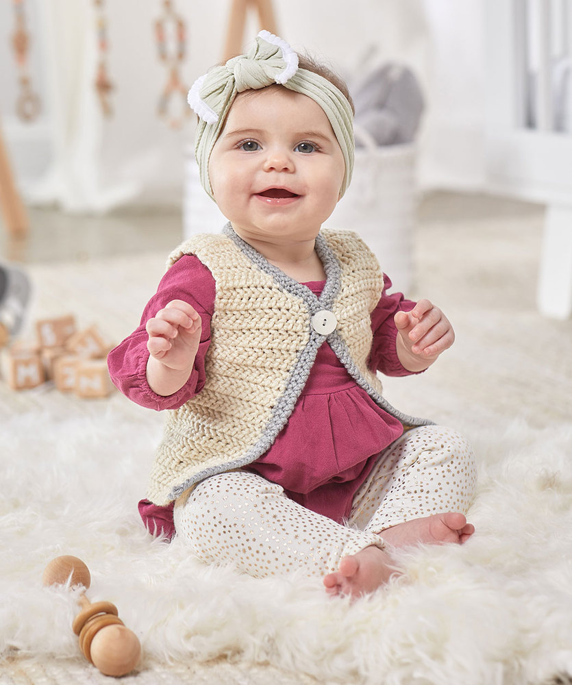 Free Crochet Pattern for a Classic Baby Vest 2