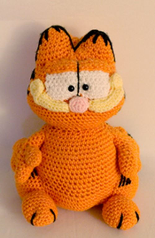 Free Amigurumi Crochet Pattern for Garfield