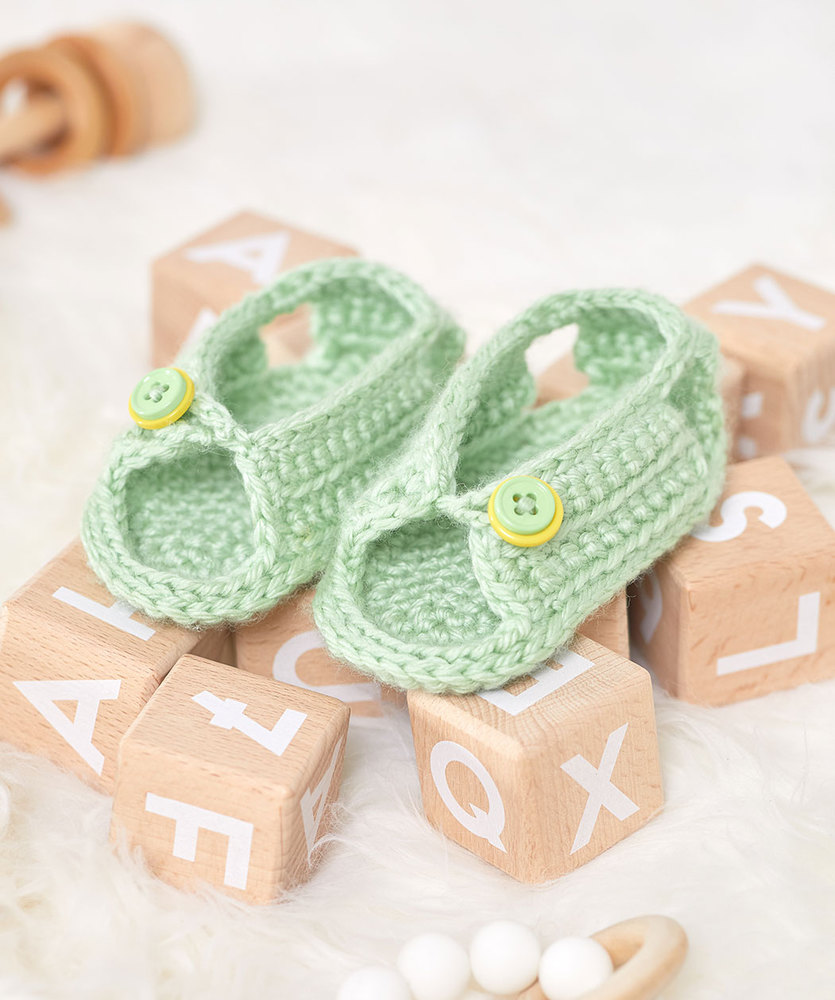 Free Crochet Pattern for Unisex Sandals for Baby 1