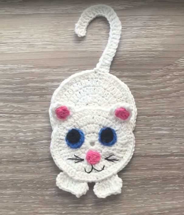 Free Crochet Pattern for a Cat Applique