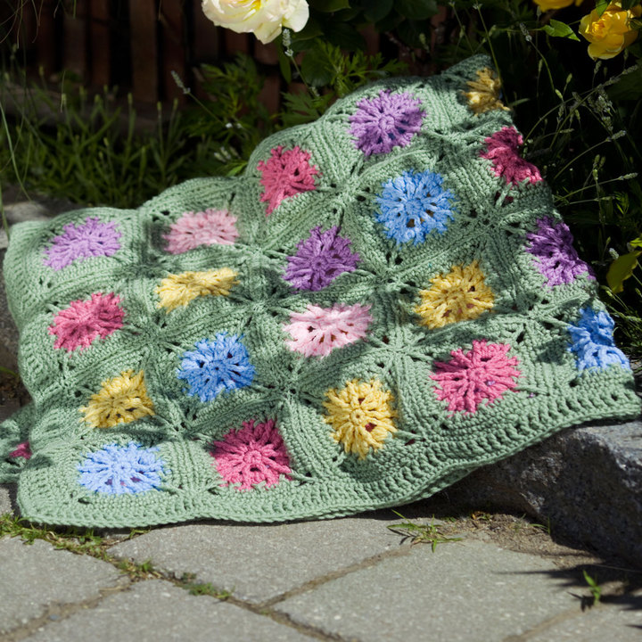 Free Crochet Flower Blanket Patterns