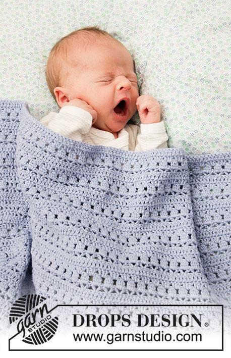 Free Crochet Pattern for a Lace Stripe Baby Blanket