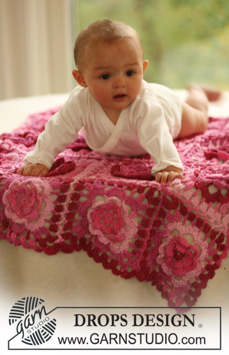 Baby bloom lace and flowers crochet blanket free pattern