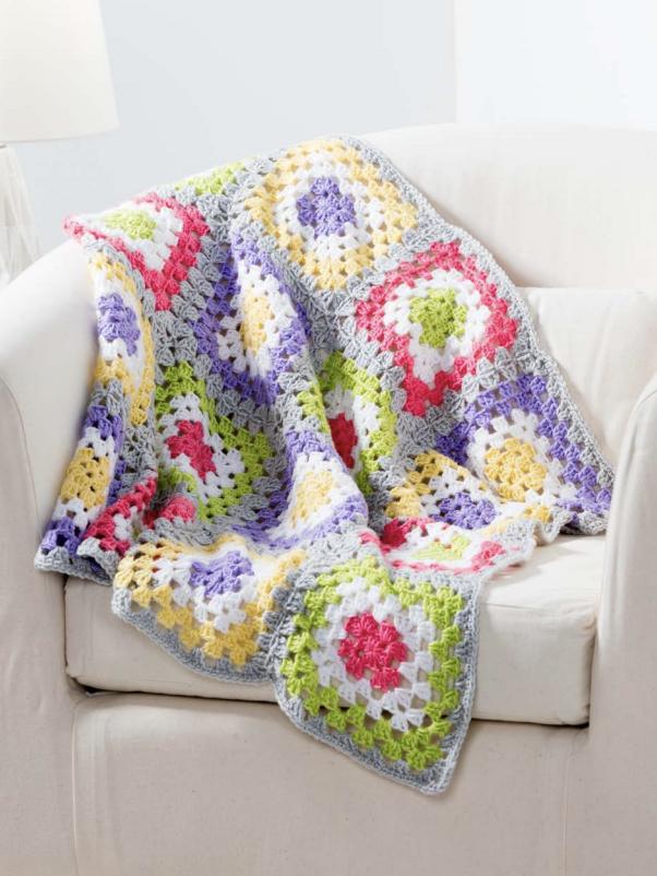 Baby granny square crochet blanket pattern