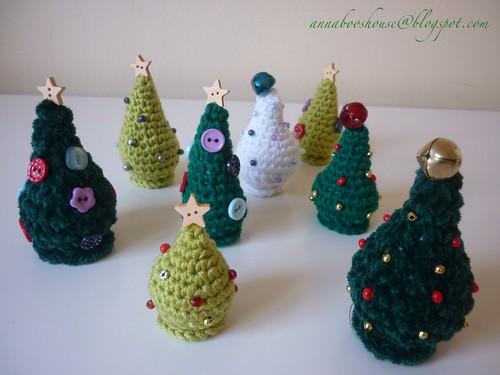 Christmas tree patterns free crochet