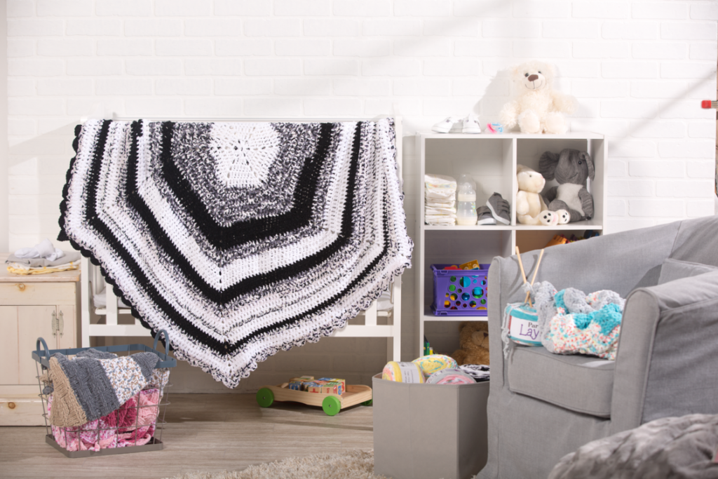 Crochet baby hexagon blanket pattern