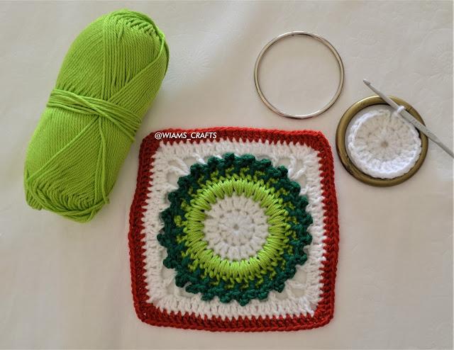 Free Granny Square Wreath Christmas Crochet Pattern