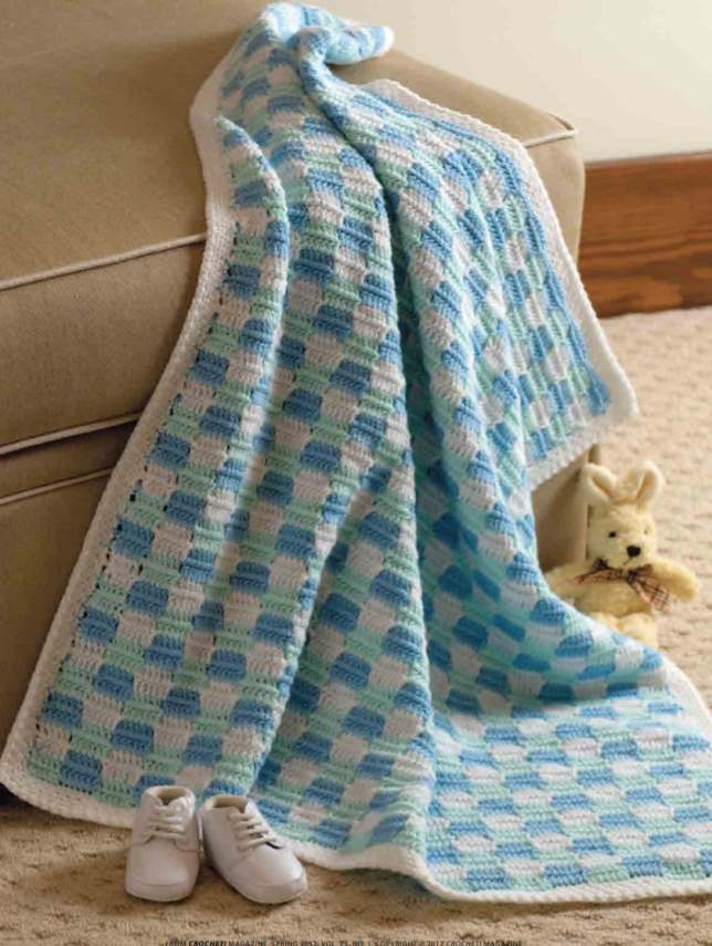 Free checkerboard baby blanket crochet pattern