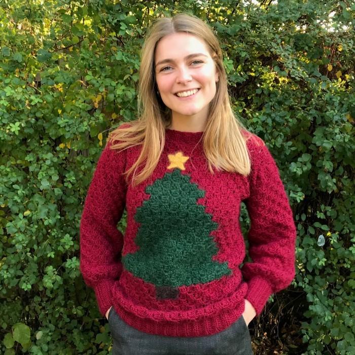 Free crochet Christmas sweater pattern
