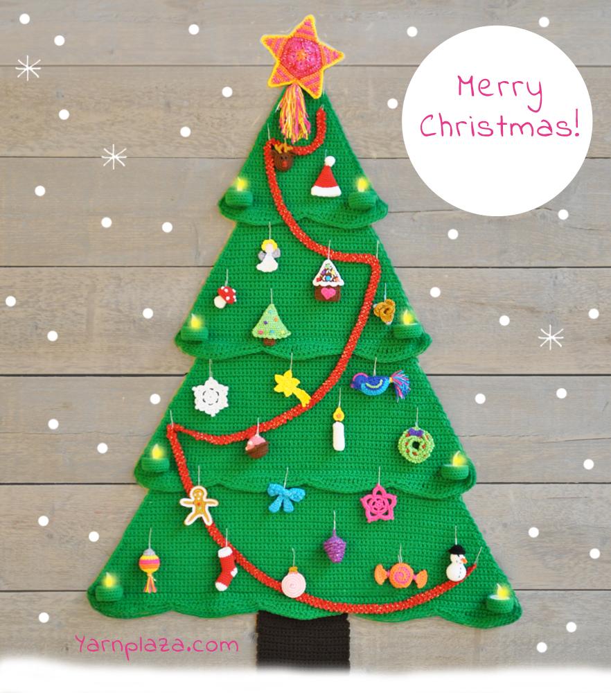 Free crochet pattern for a Christmas tree advent calendar