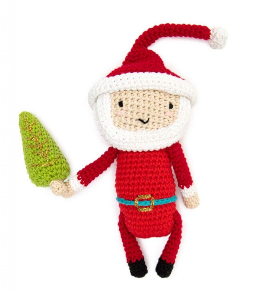 Free crochet pattern for a Santa amigurumi