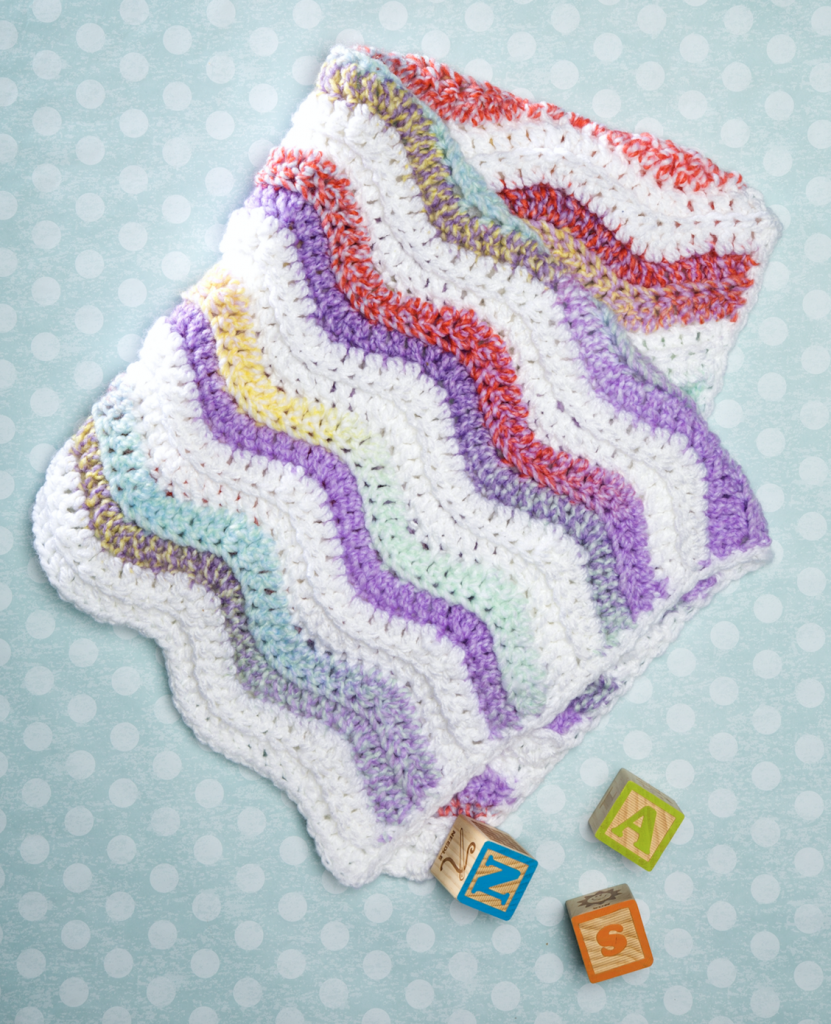 Free crochet pattern for a wavy baby blanket