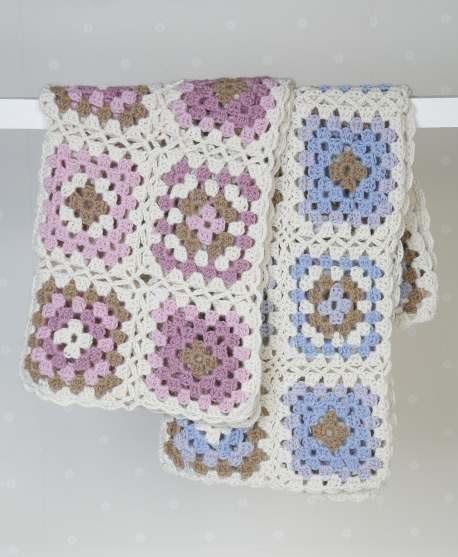 Granny hug crochet blanket pattern