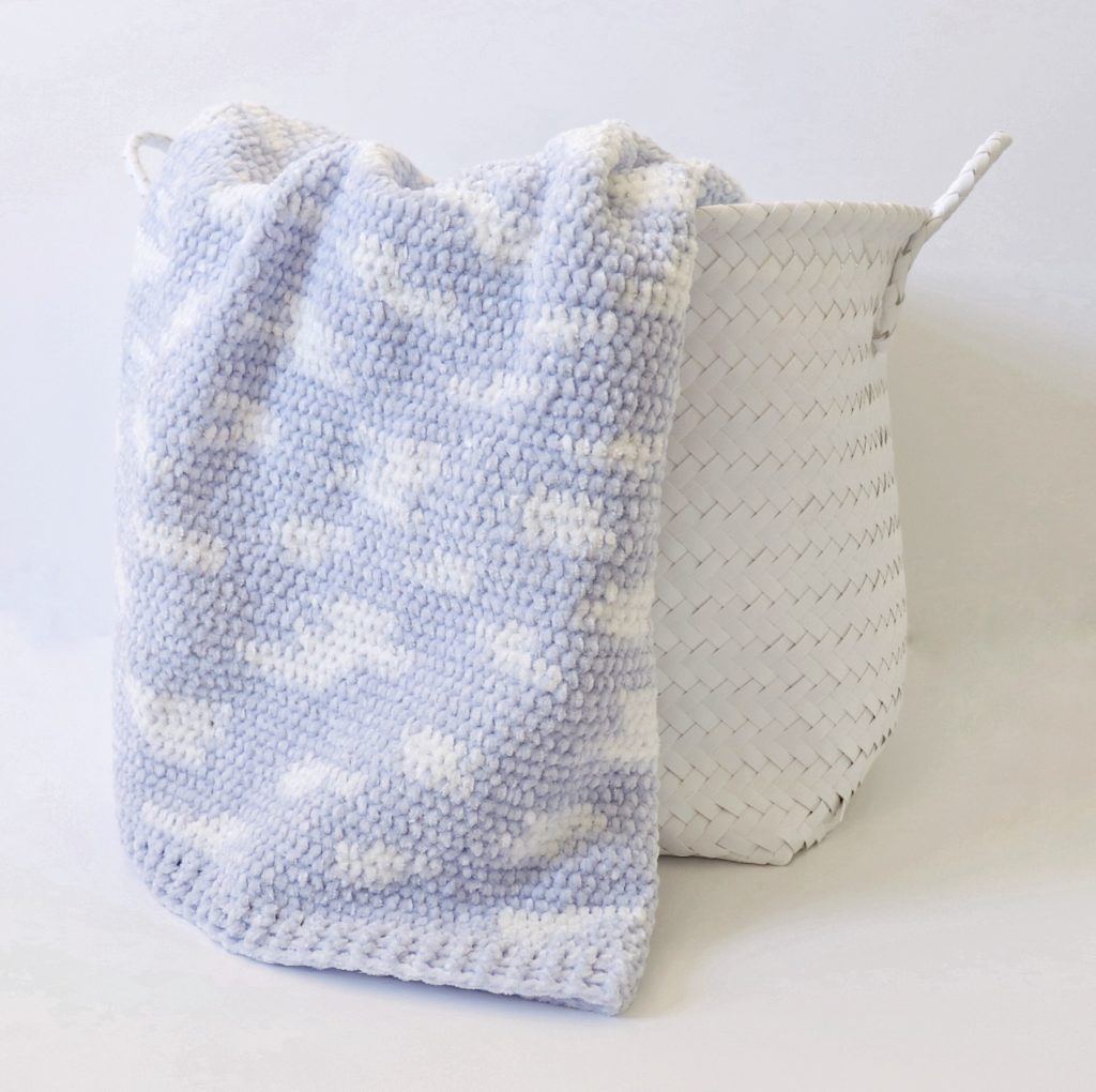 Improv crochet clouds baby blanket pattern
