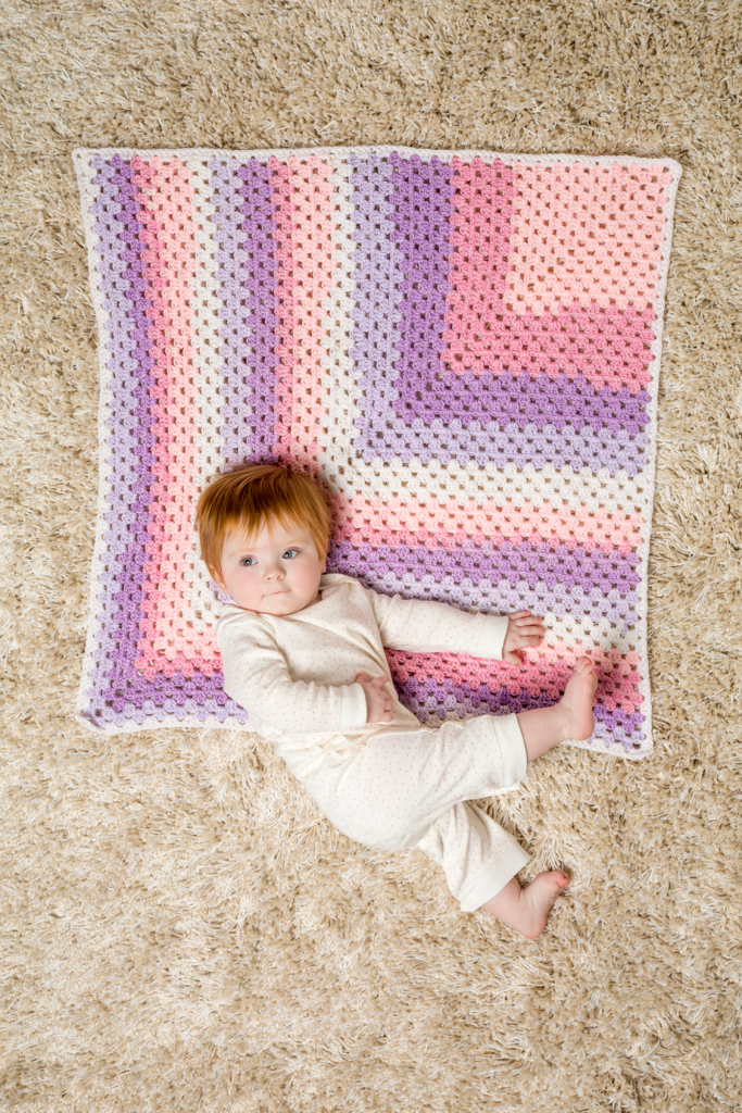 Mitered granny square baby blanket crochet pattern
