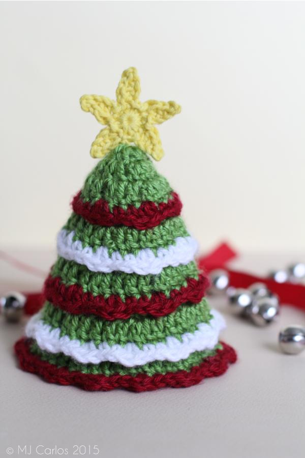 Xmas tree and star free crochet pattern