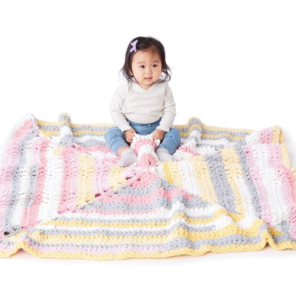 Radiating square crochet baby blanket