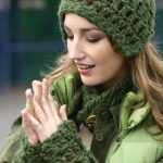 Free Crochet Pattern for a Neckband Helmet and Wristlets