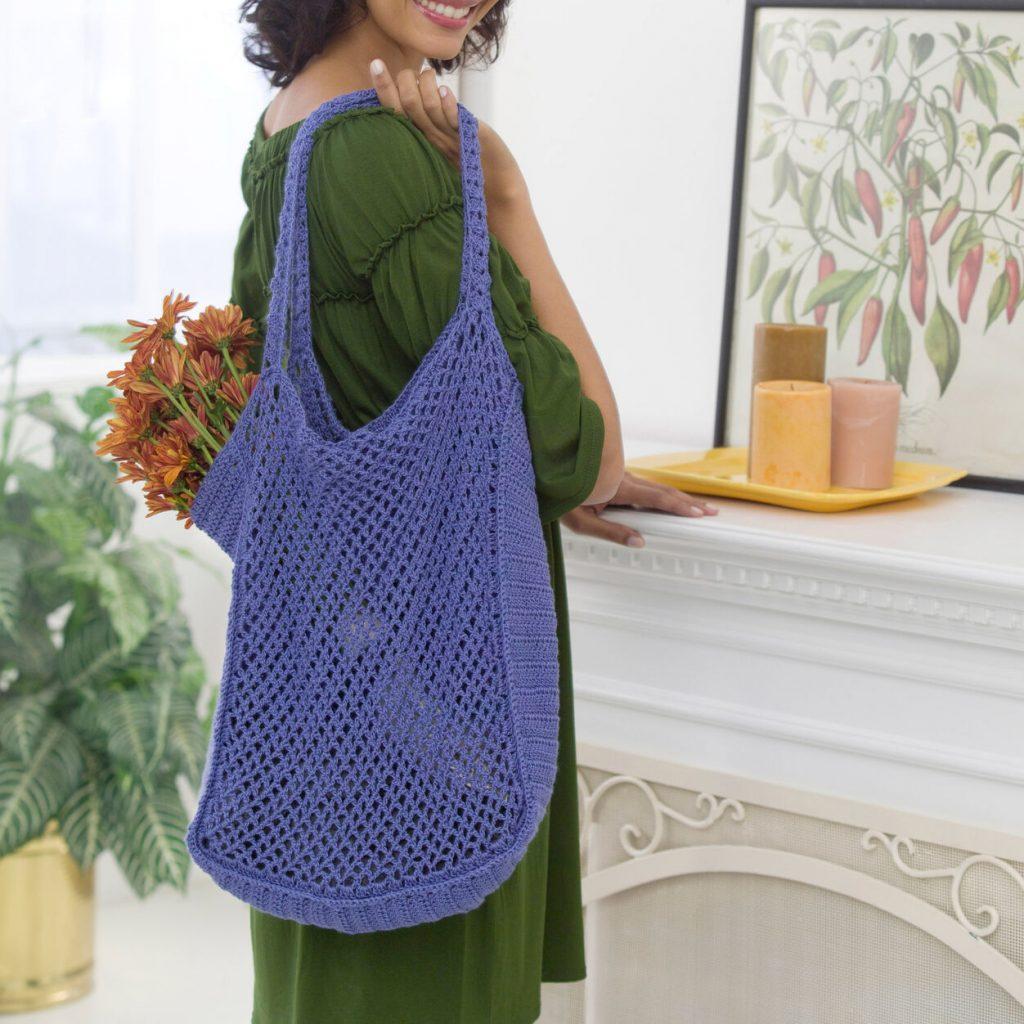 Red Heart free mesh market bag crochet pattern