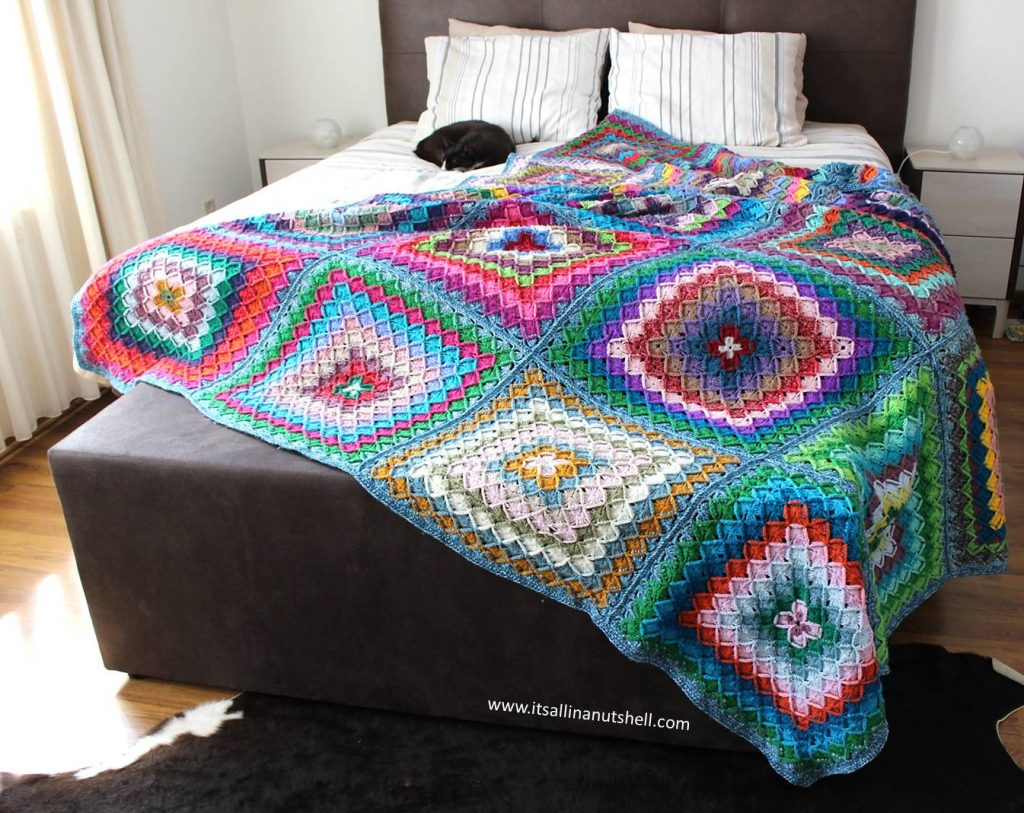 Free Crochet Pattern for a Bavarian Buster Blanket