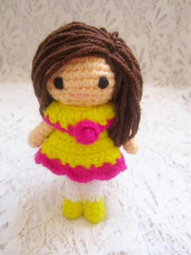 easy free amigurumi doll pattern