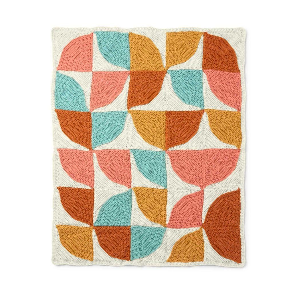 Free crochet pattern for a modern granny blanket