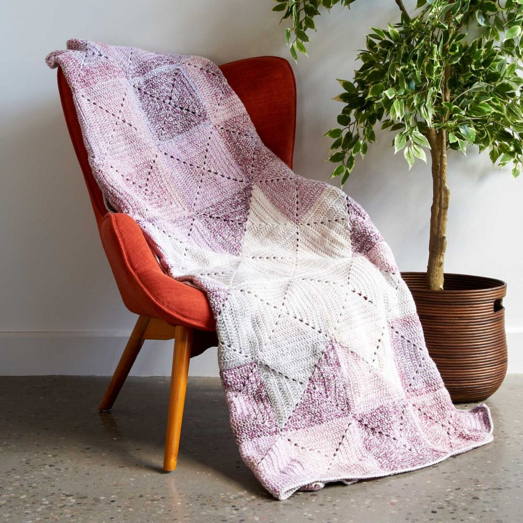 Two tone solid granny square crochet blanket pattern free