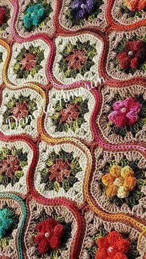 Bauble Shaped Crochet Motif Blanket