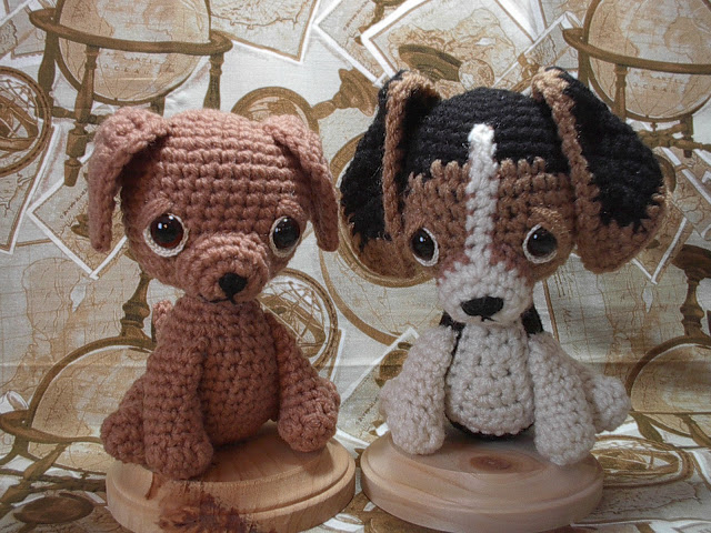 Beagle & Labrador free crochet pattern