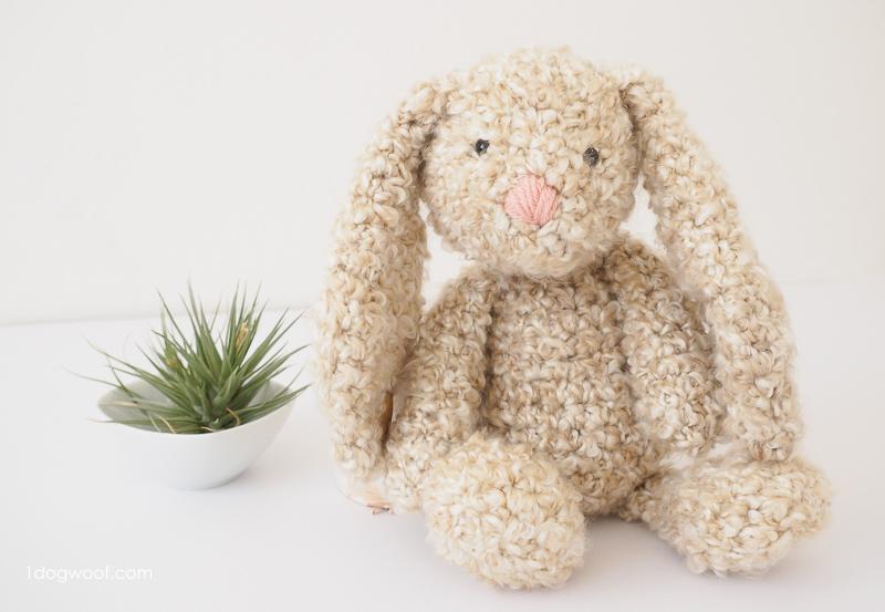 Free crochet pattern for a floppy bunny
