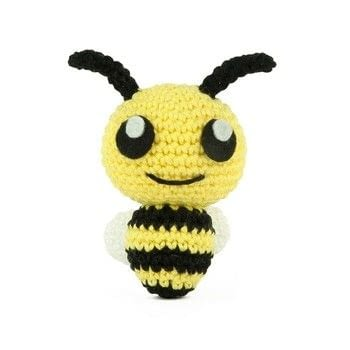 Free crochet pattern for amigurumi bee