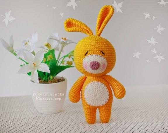 Free crochet rabbit amigurumi doll pattern