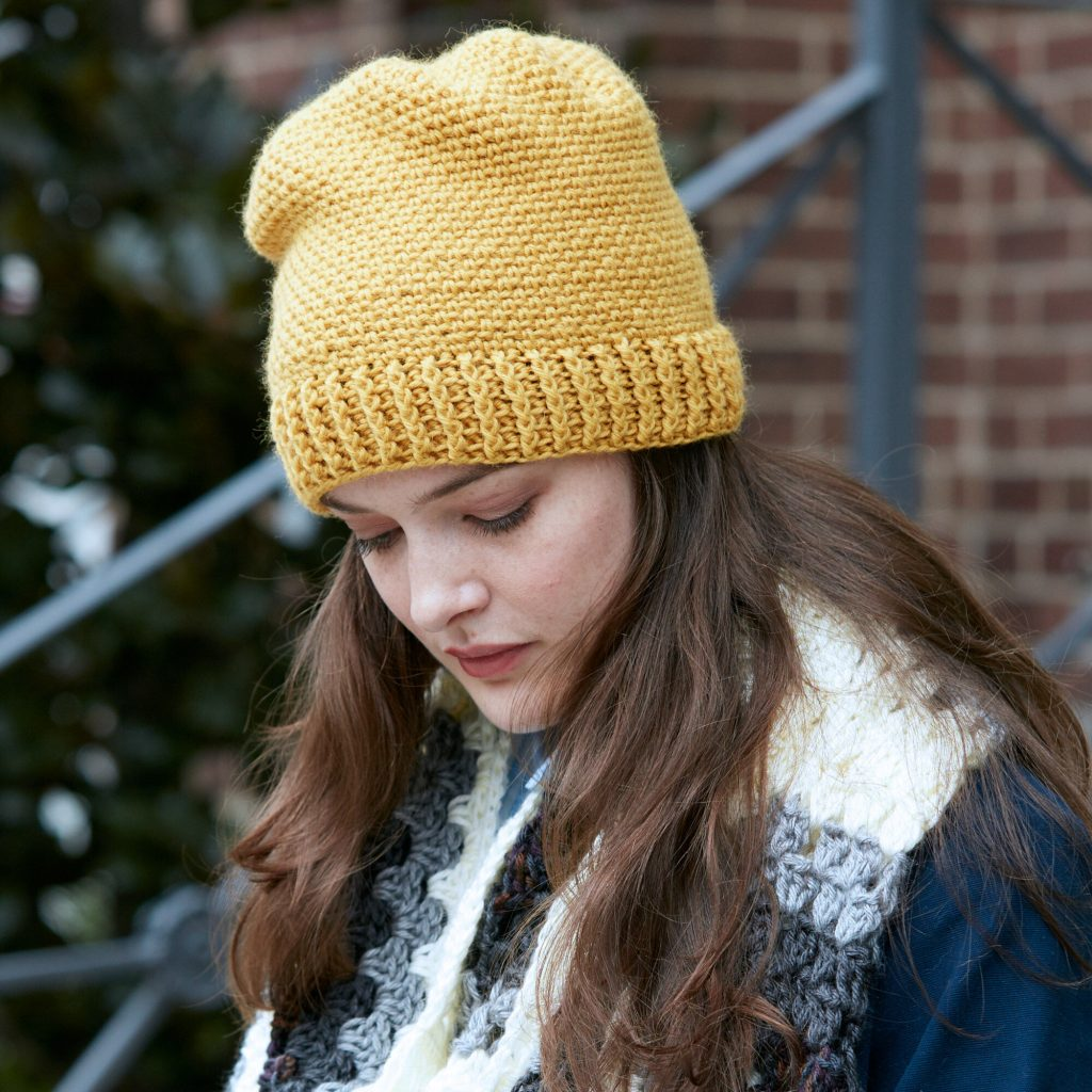Easy everyday crochet hat pattern by Patons
