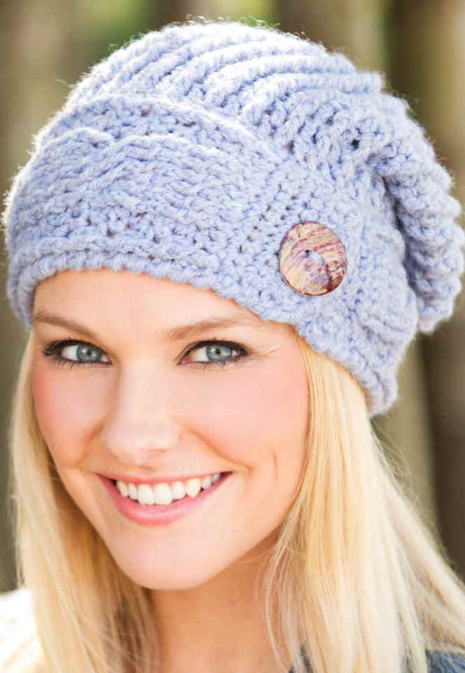 Free crochet pattern for a cable slouch hat