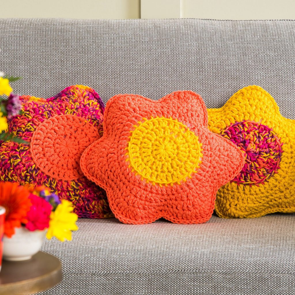 Free Crochet Flower Petals Pillow Pattern