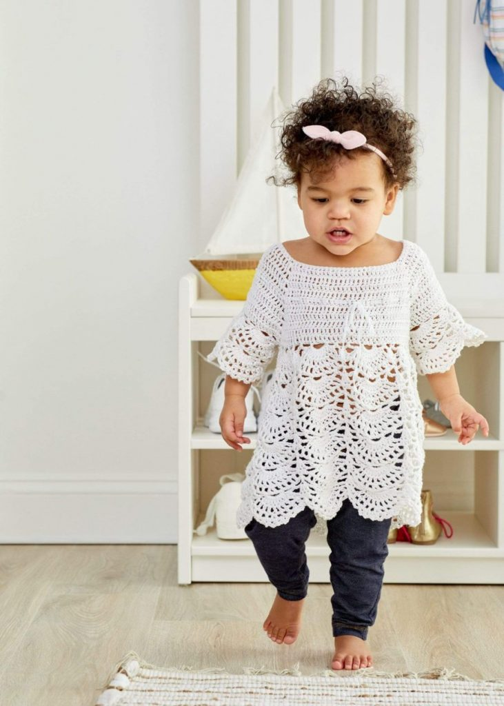 Free-Crochet-Pattern-for-a-Boho-Baby-Lace-Dress