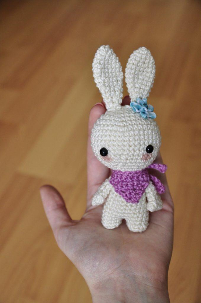 Free bunny toy crochet pattern