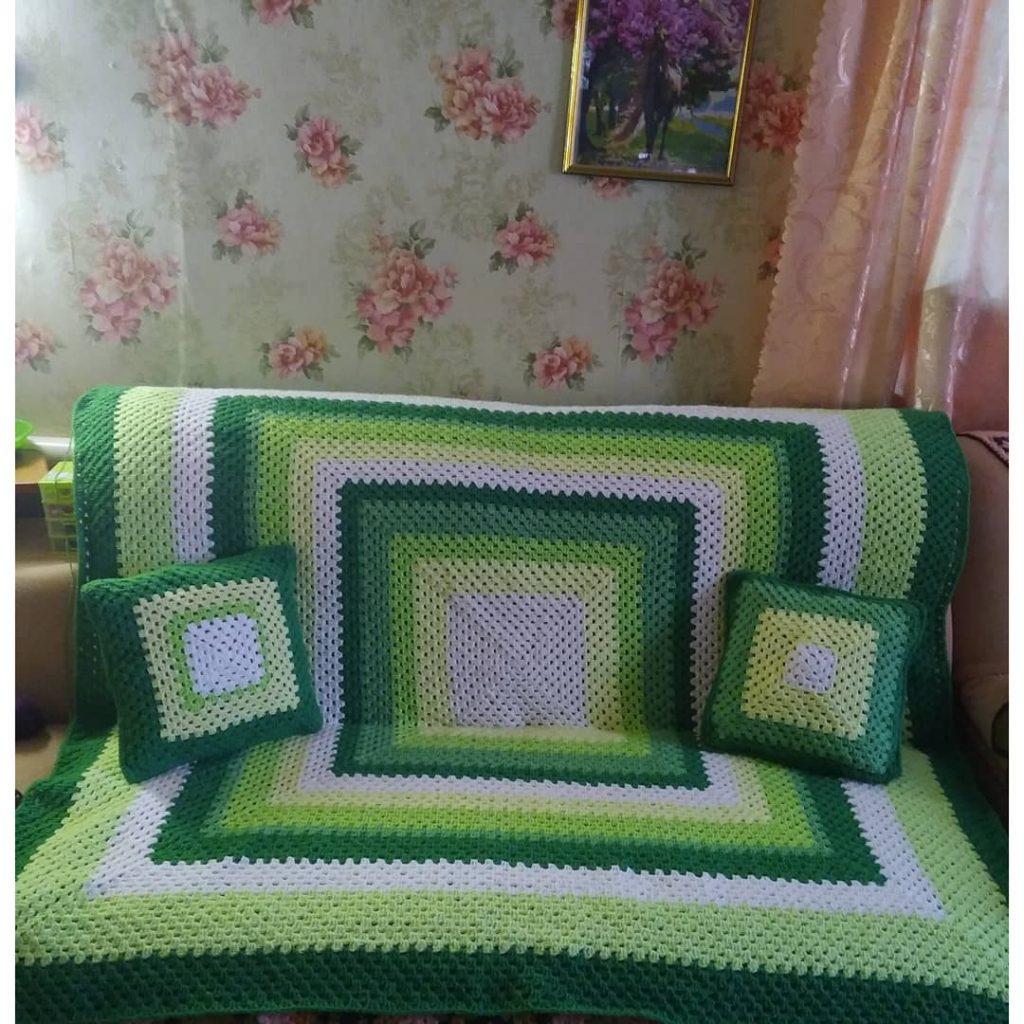 Green granny square blanket