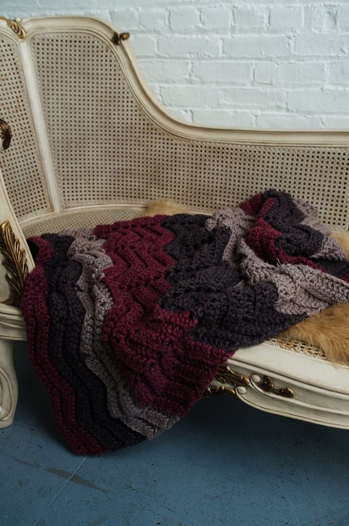 Free Crochet Pattern for a Tessie Ripple Throw